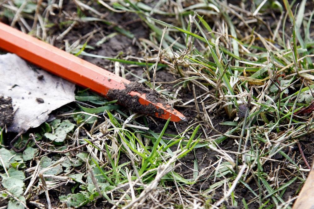 Scontri fra tifosi ultras, le armi ritrovate nei giardinetti a San Siro