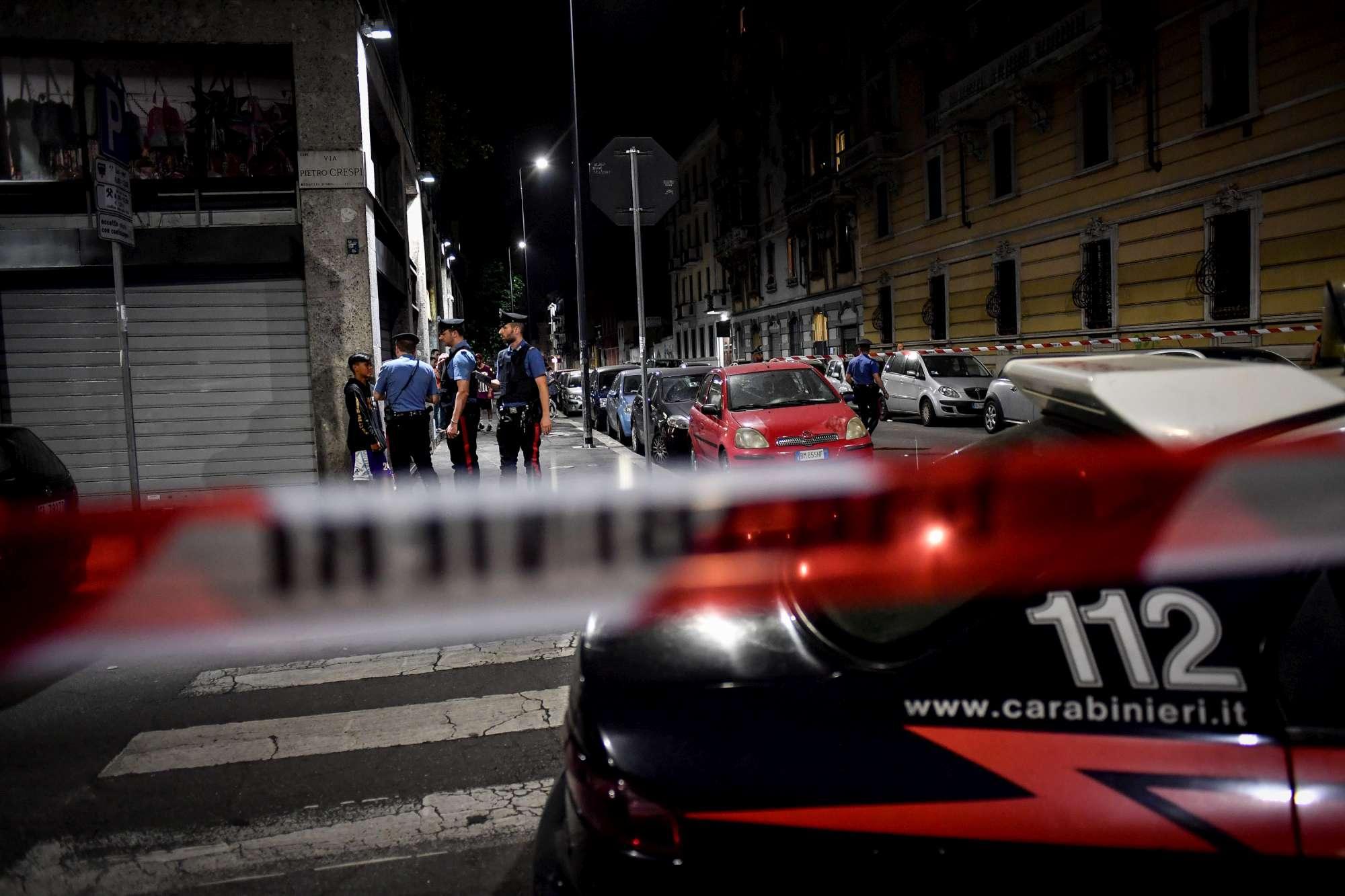 Sparatoria a Milano, ferito un 13enne