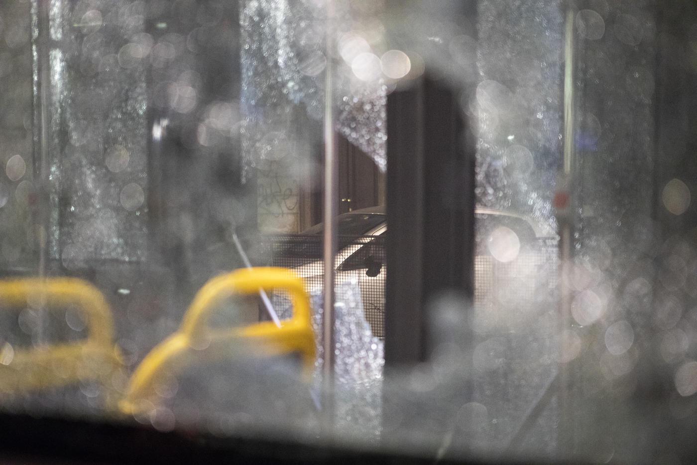 Torino, scontri anarchici-polizia