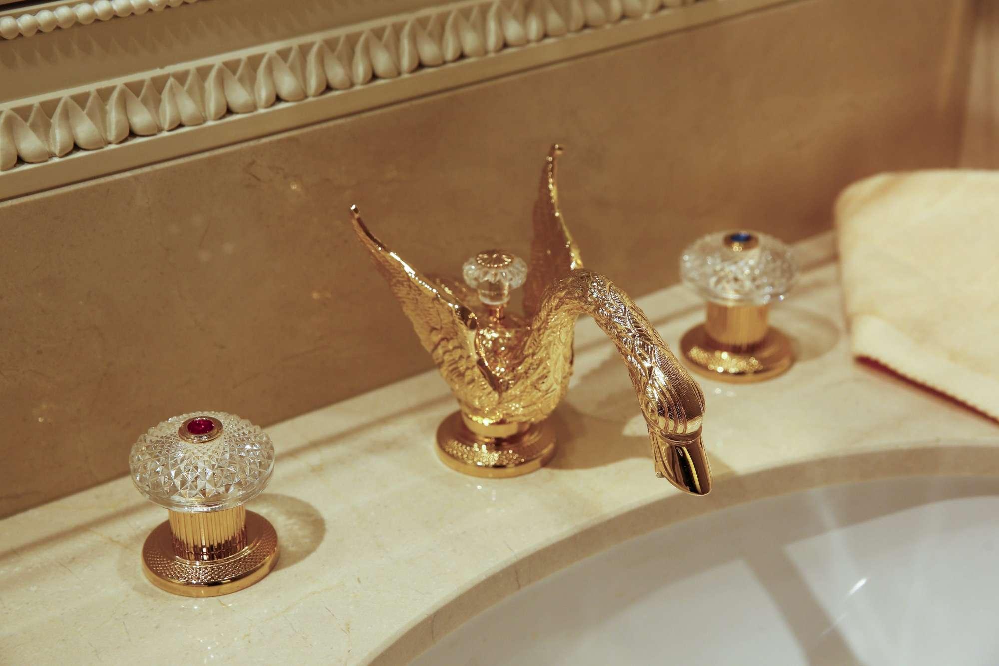 A Parigi riapre il prestigioso Ritz, l hotel preferito di Hemingway e Chanel