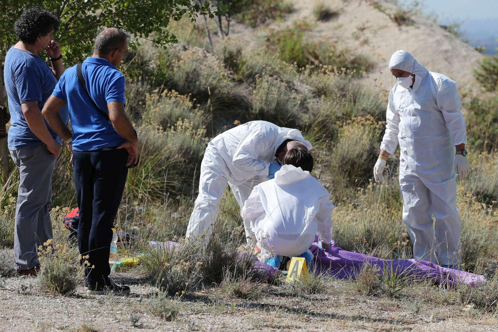Donna uccisa nel Casertano, 12 coltellate alla schiena