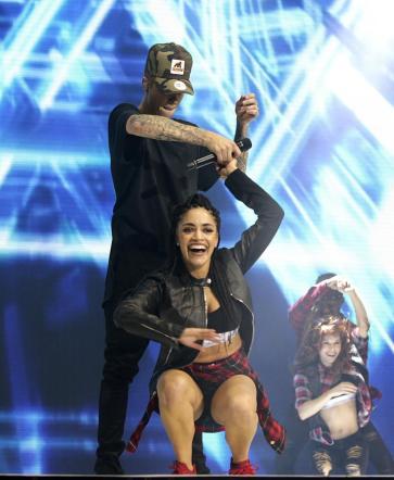Grammy Awards, sul palco anche Justin Bieber e Pitbull