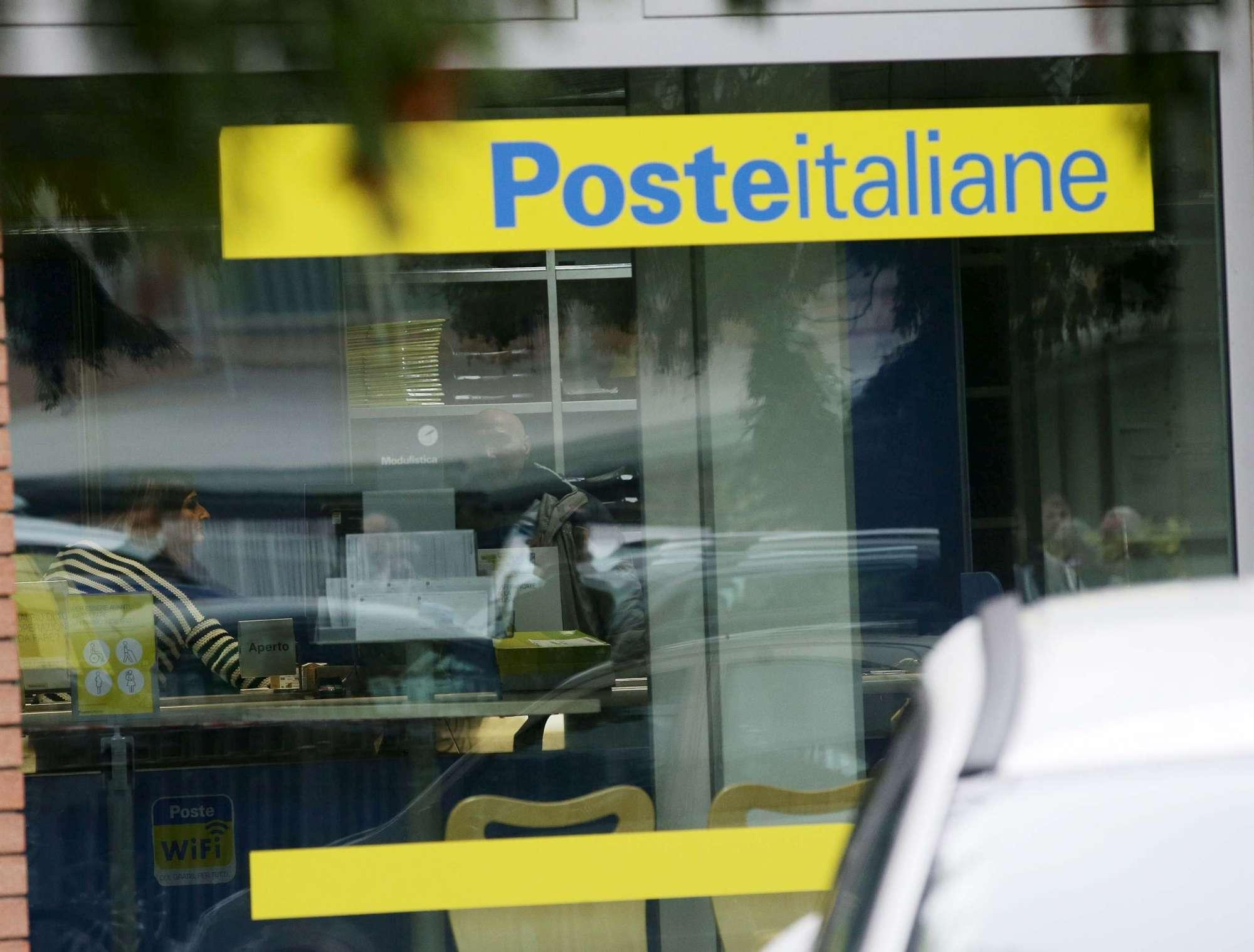 Presa d ostaggi alle poste di Reggio Emilia
