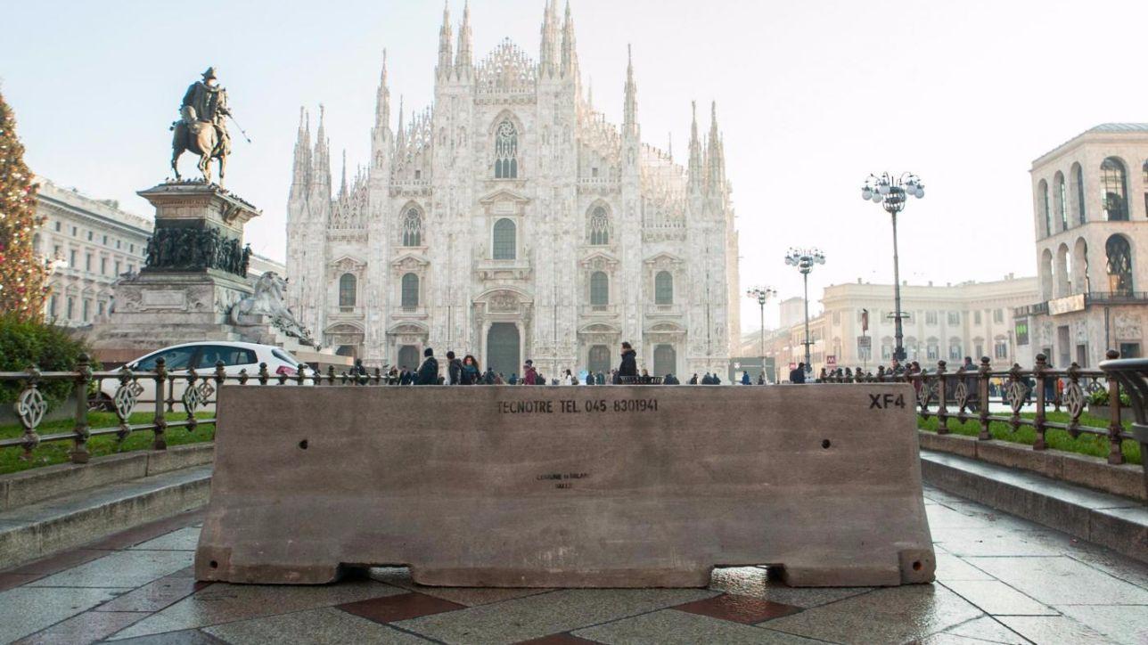 Milano, barriere anticamion per proteggere i mercatini di Natale