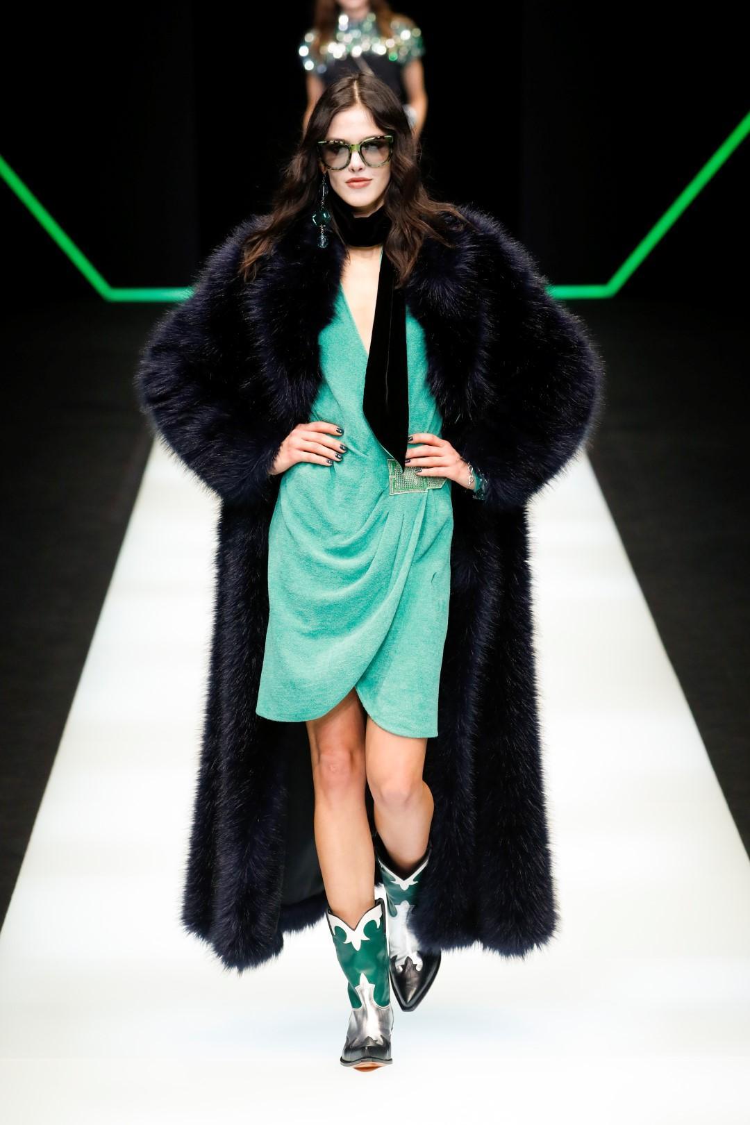 Cara pelliccia: calda, colorata, trendy e sempre più etica