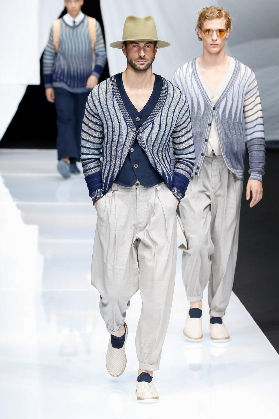 Uomo, in primavera tornano le righe: come indossarle senza eccedere