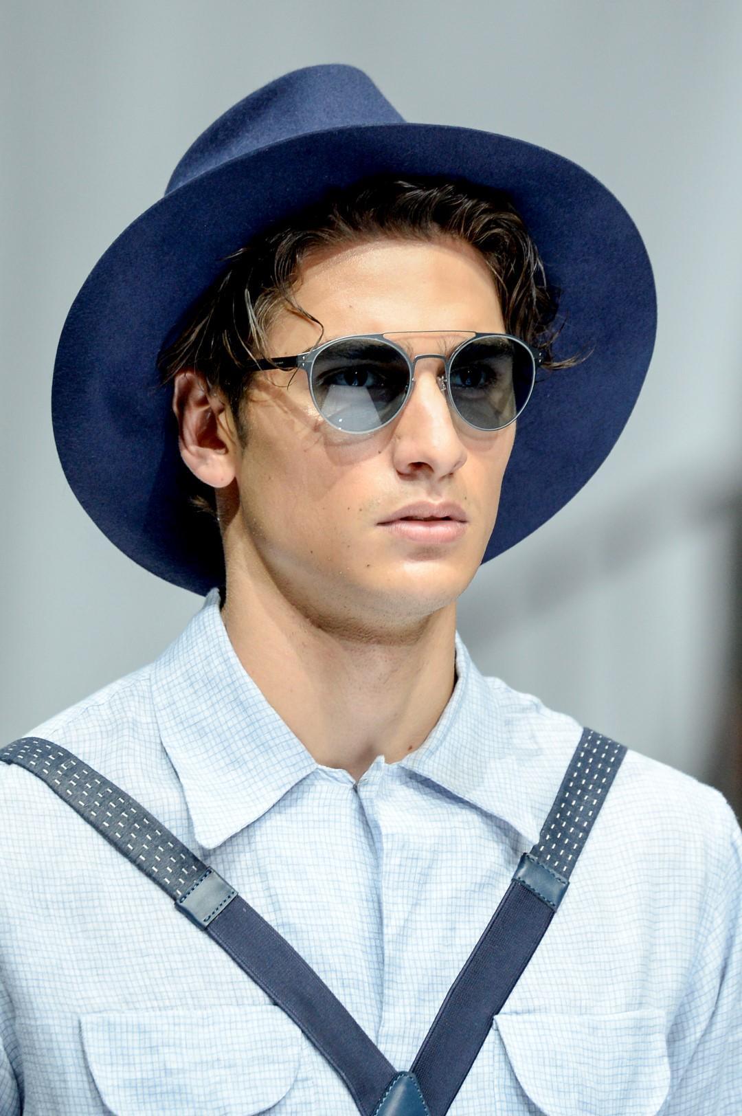 Uomo, come scegliere il cappello in base alla forma del viso