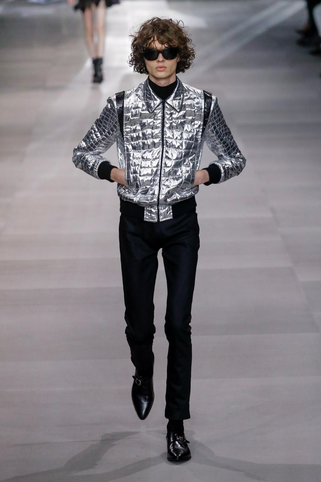 Moda, come vestirsi per andare a ballare: metal, lurex e paillettes