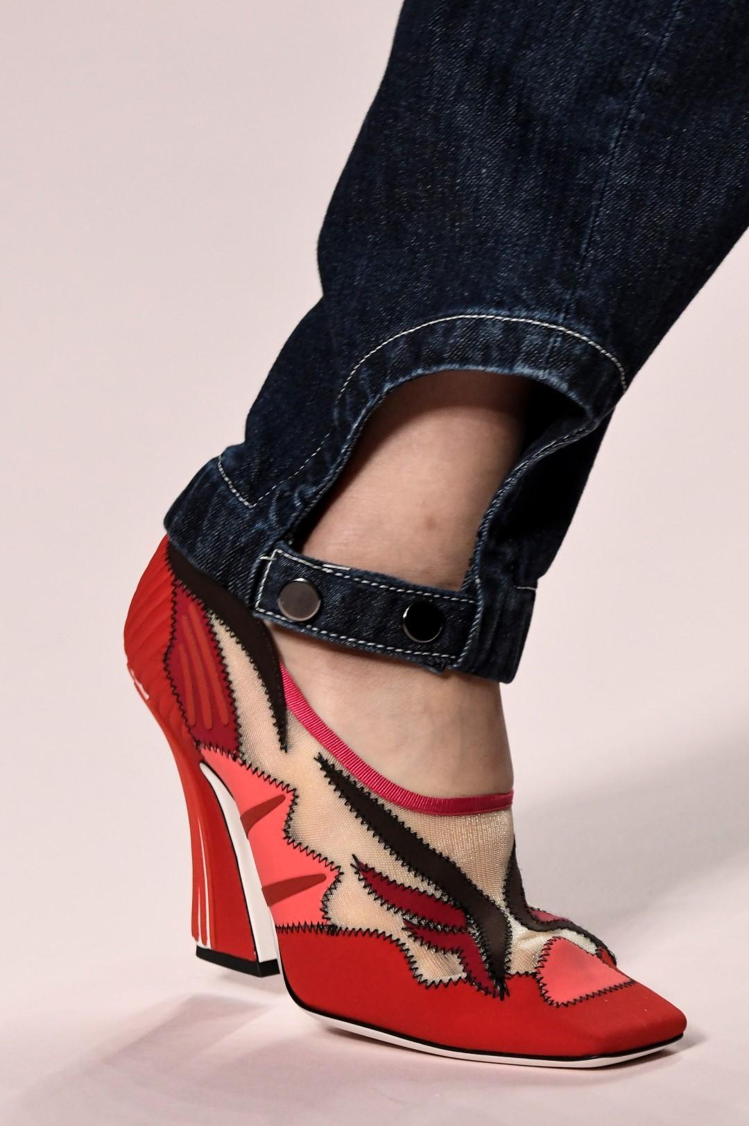 Moda donna, le scarpe più belle da indossare adesso (anche se piove)