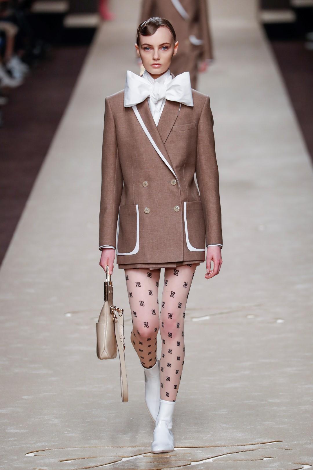 Fendi omaggia Karl Lagerfeld: l'ultima collezione ispirata all'uomo