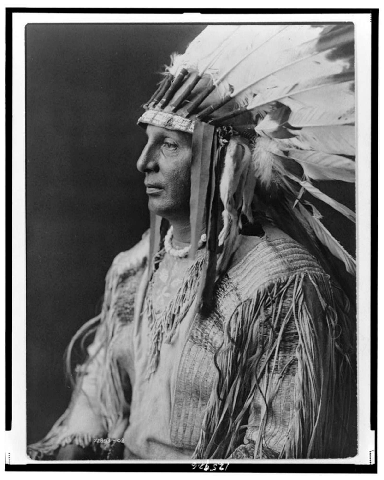 Come vivevano gli Indiani d America a inizio Novecento