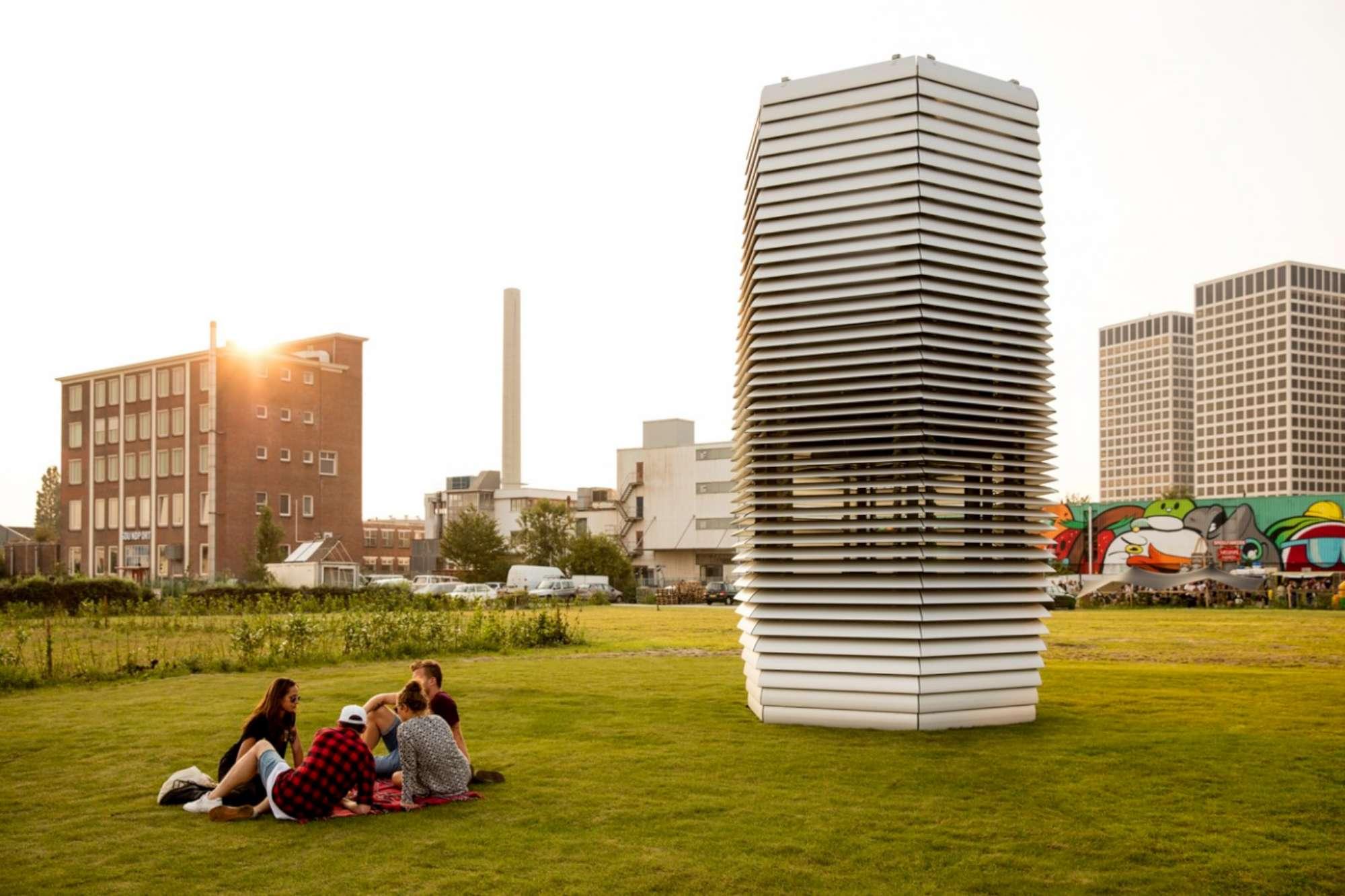 Rotterdam, la torre  aspira-smog