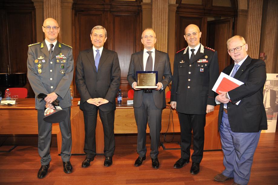 Scontri No Expo, la premiazione di Enrico Fedocci e Tgcom24