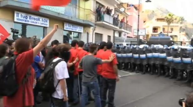 G7, scontri a Giardini-Naxos fra manifestanti e polizia