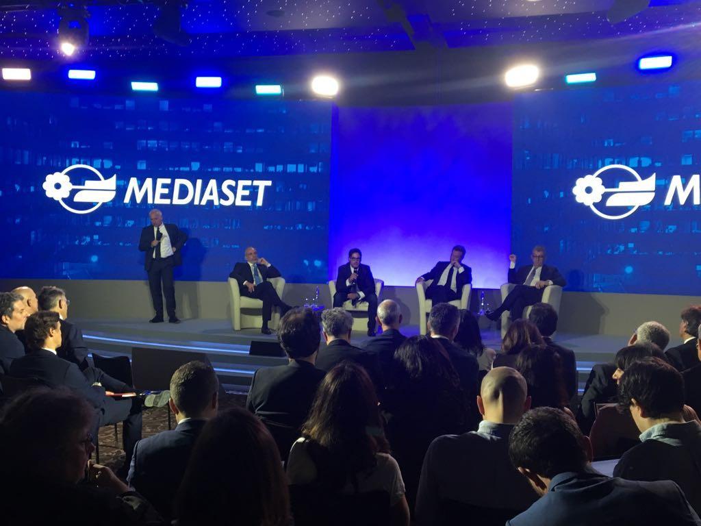 Mediaset, la presentazione di palinsesti