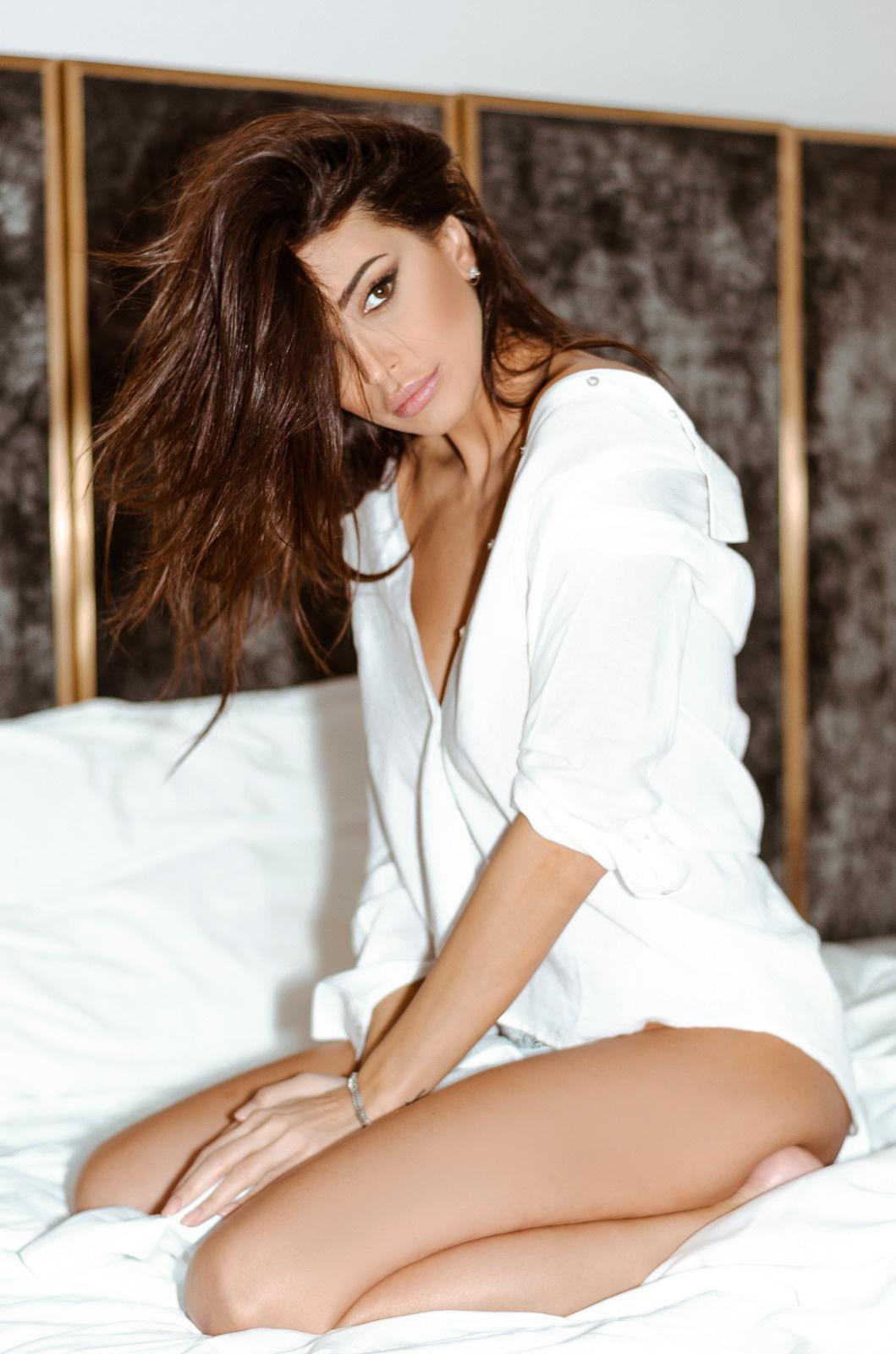 Cristina Buccino, sensualità innata