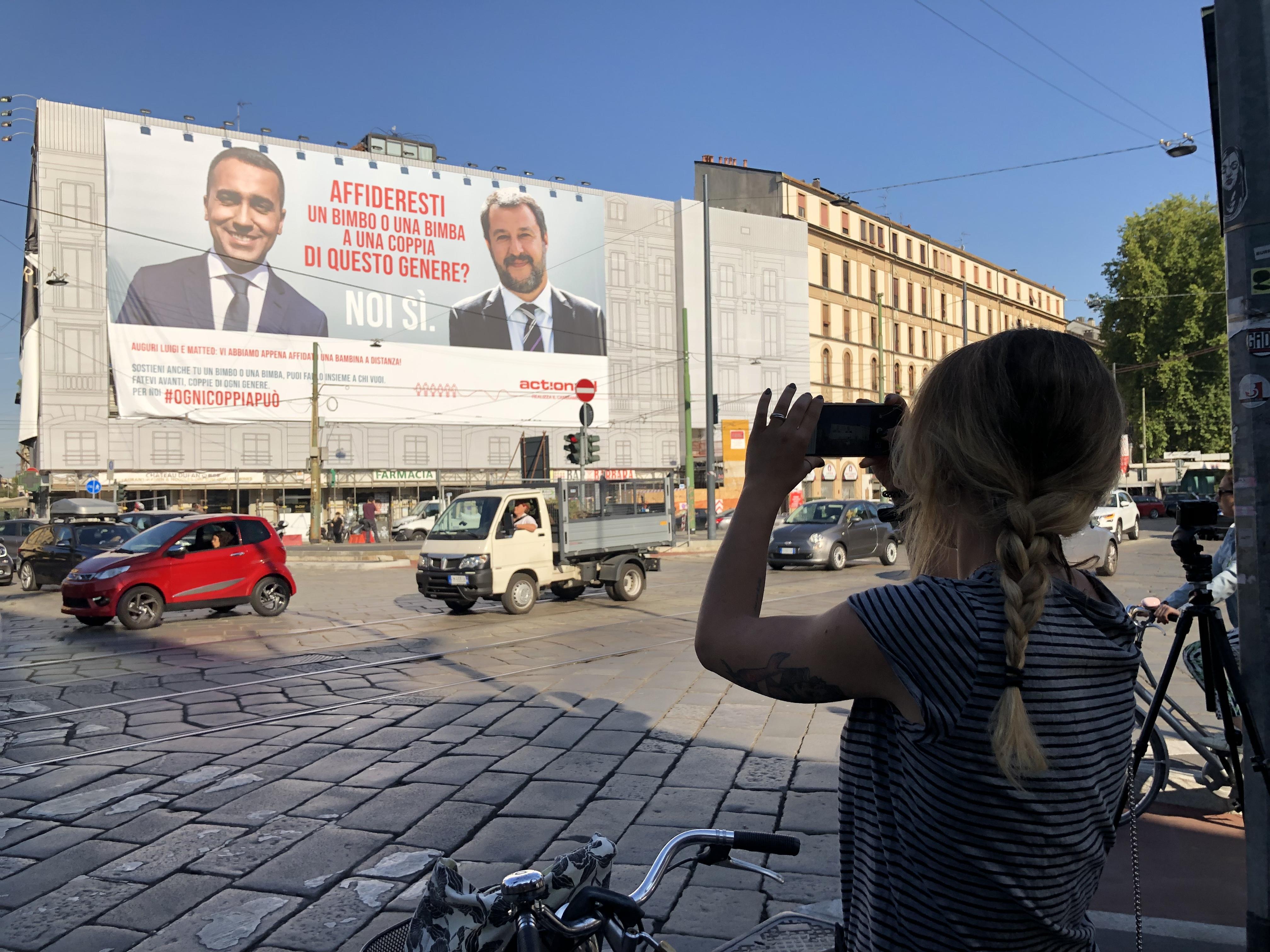Ogni coppia può sostenere una bimba a distanza: ActionAid lancia la sfida a Salvini e Di Maio