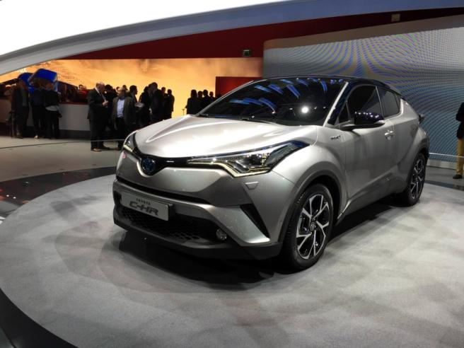 Toyota e Lexus, la carta ibrida vince