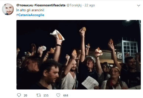 #CataniaAccoglie, dai social al porto: i catanesi uniti per l accoglienza con la  protesta dell arancino