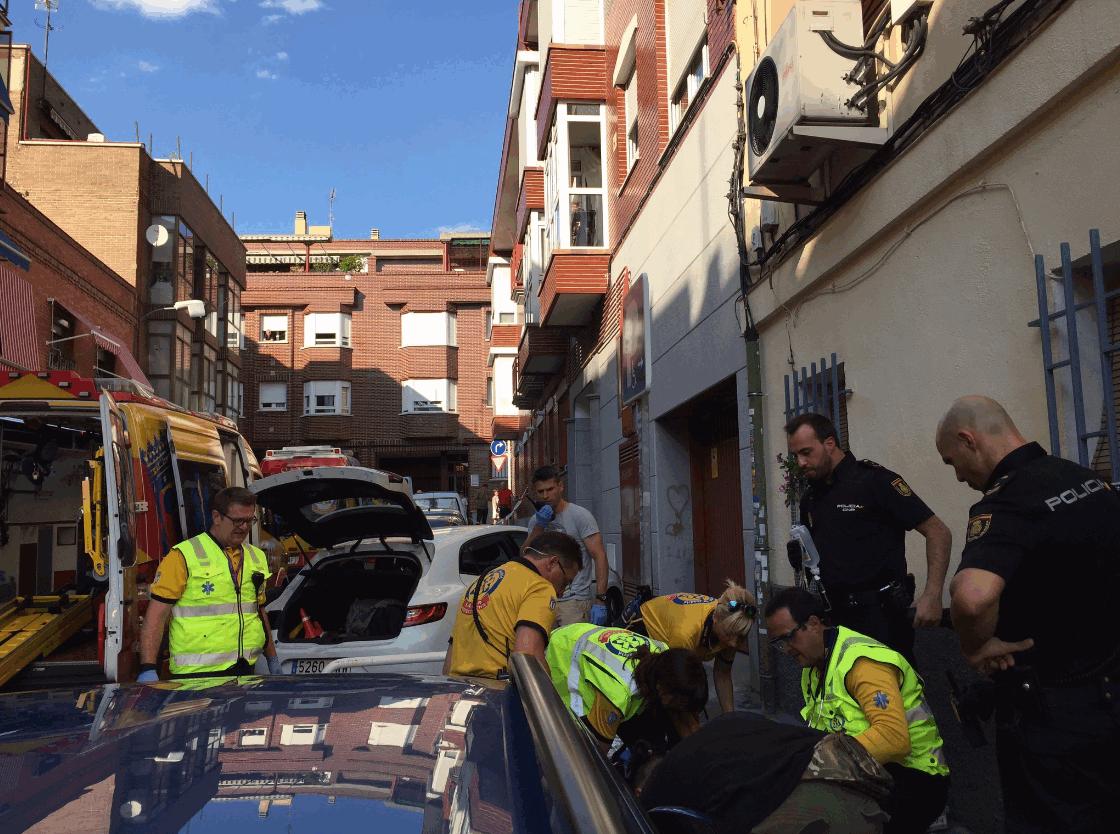 Madrid, dà alla luce un bambino in strada