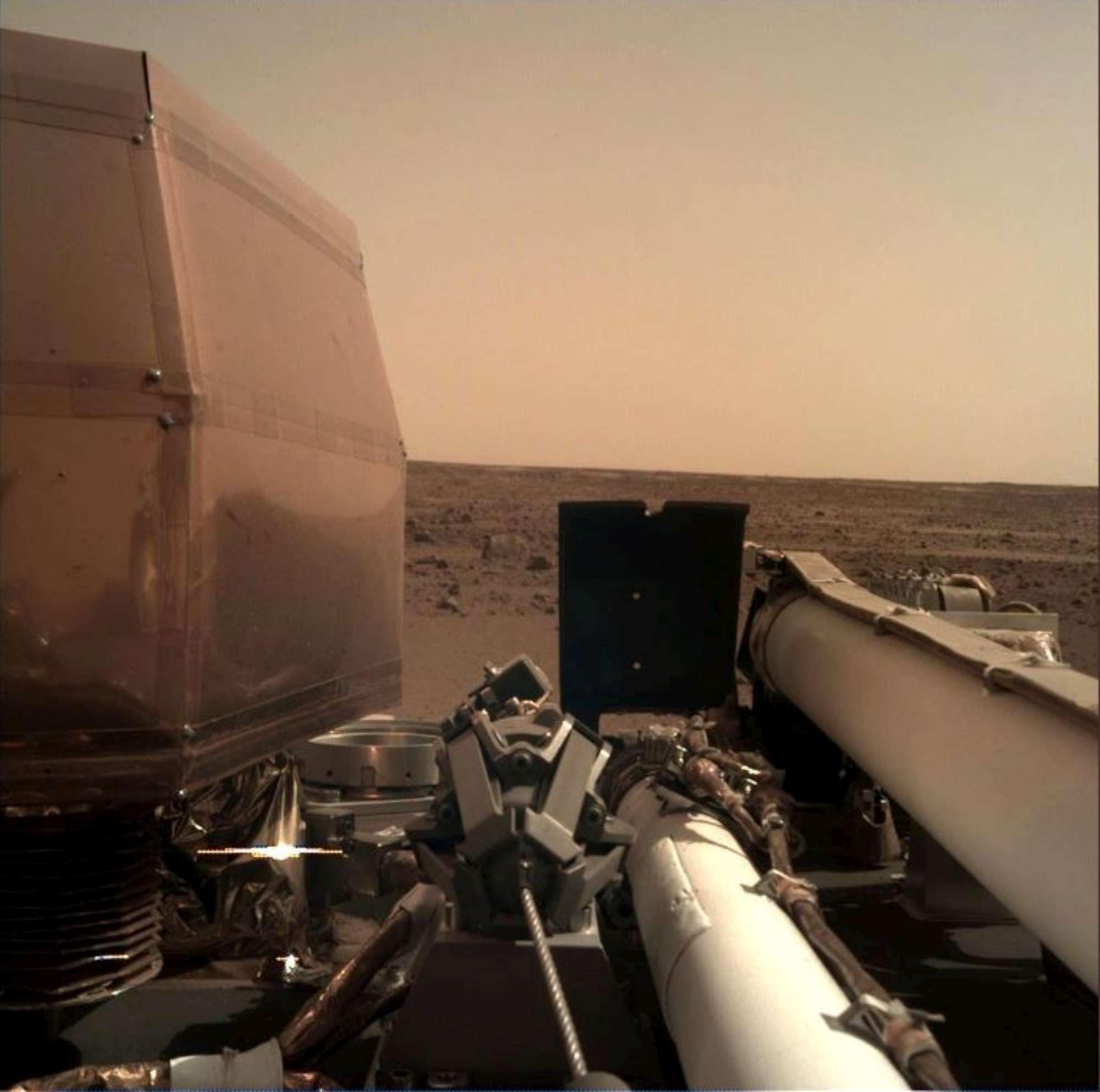 Spazio, la sonda Insight della Nasa è atterrata su Marte