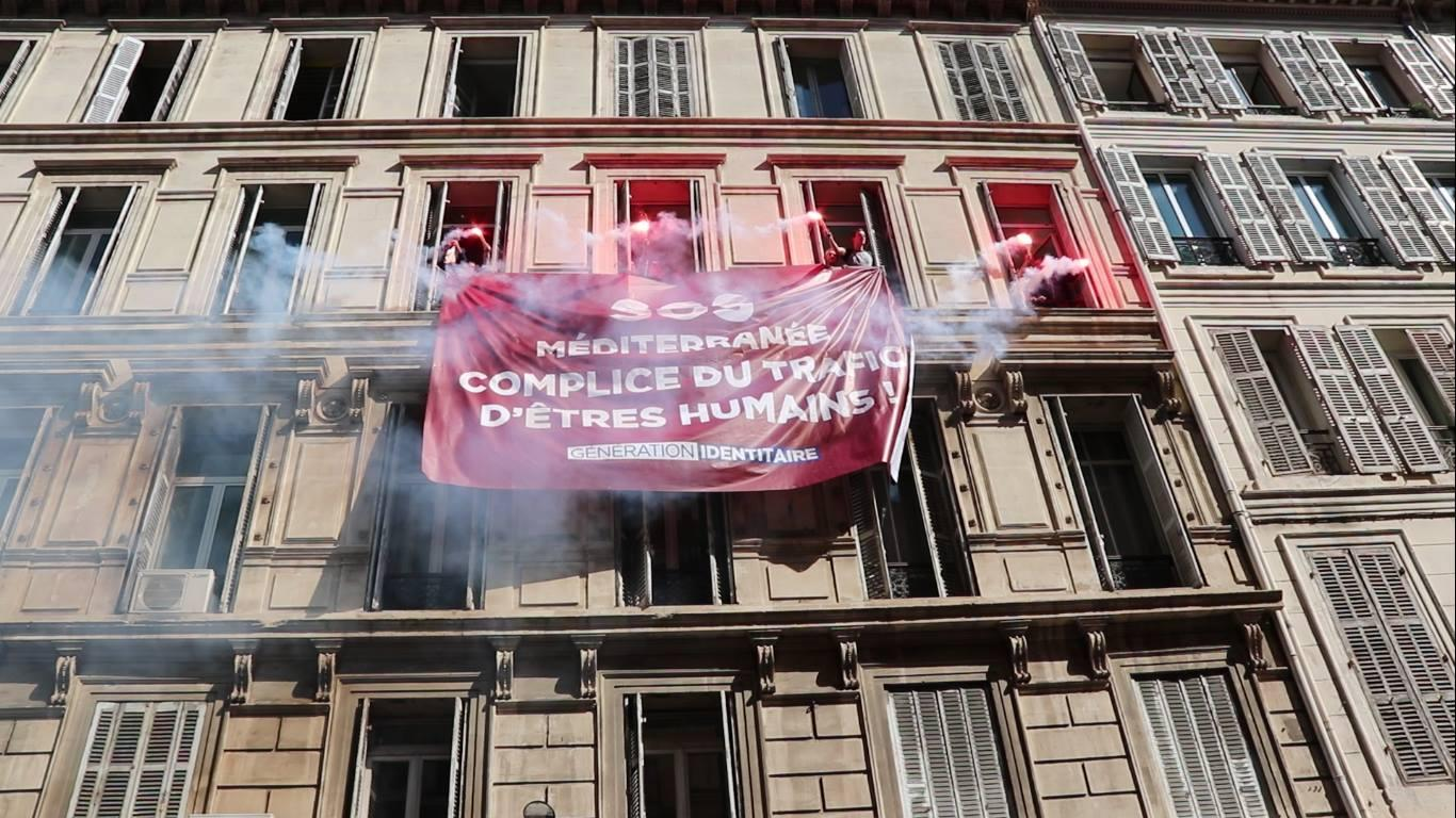 Occupata in Francia la sede di