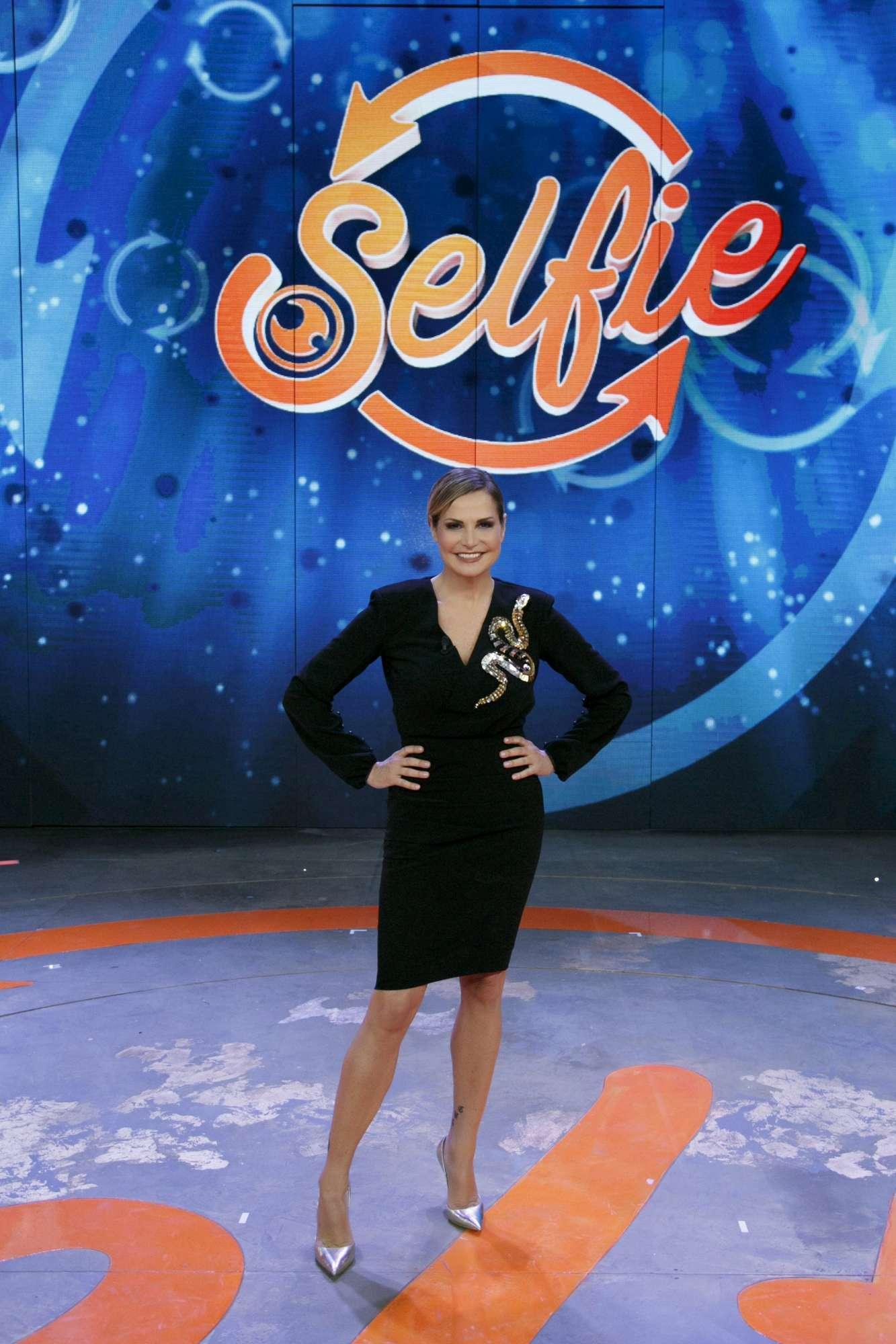 Selfie, stasera la seconda puntata