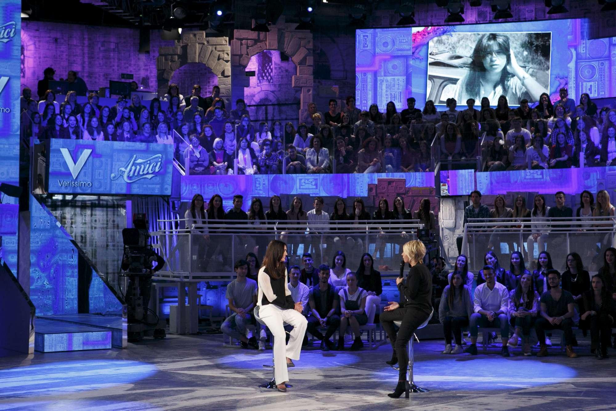 Maria De Filippi e Silvia Toffanin, crossover a Canale 5