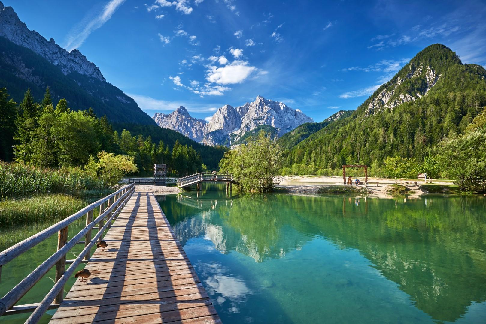 Trekking d'autore su otto sentieri d'Italia