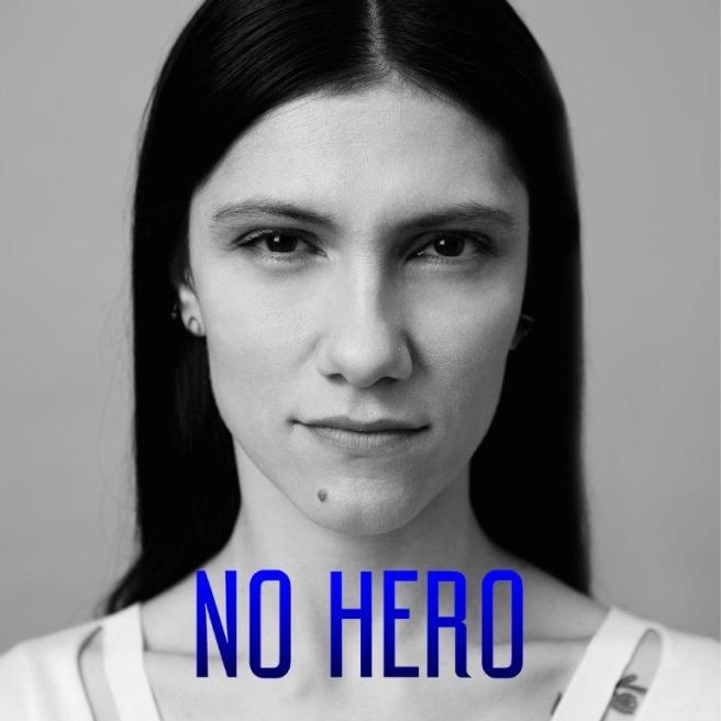 Elisa, un ritorno all inglese con  No Hero