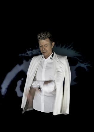 David Bowie,  Blackstar  gli regala il primo numero uno in Usa della carriera