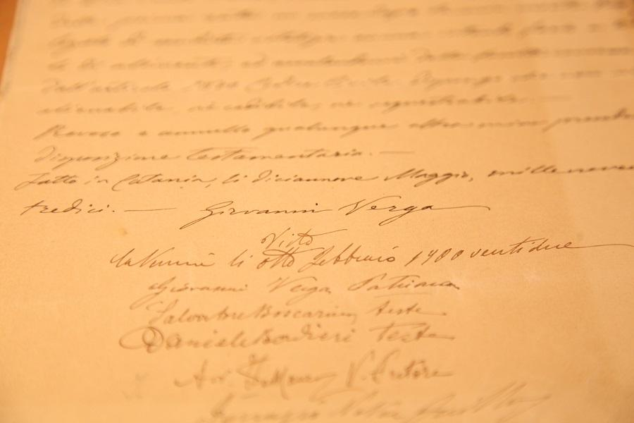 """Alcuni documenti della mostra """"Io qui sottoscritto. Testamenti di grandi italiani"""""""