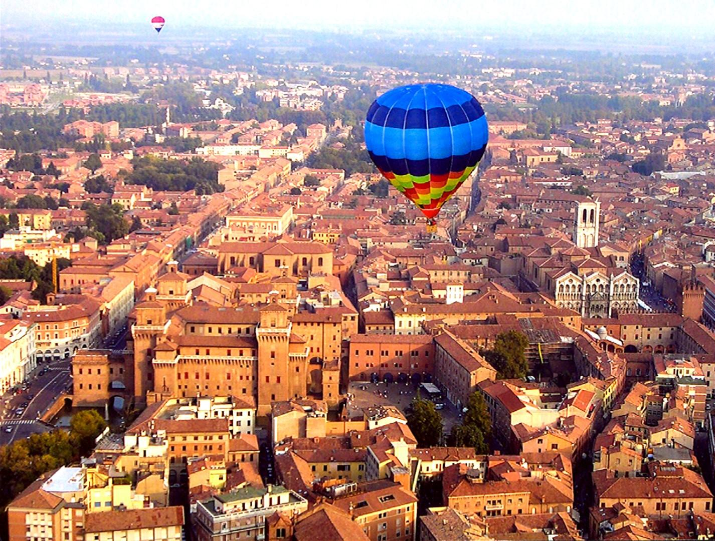 Ferrara nel pallone per il Balloons Festival