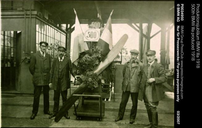 La storia del Gruppo BMW: dagli aerei alle supercar