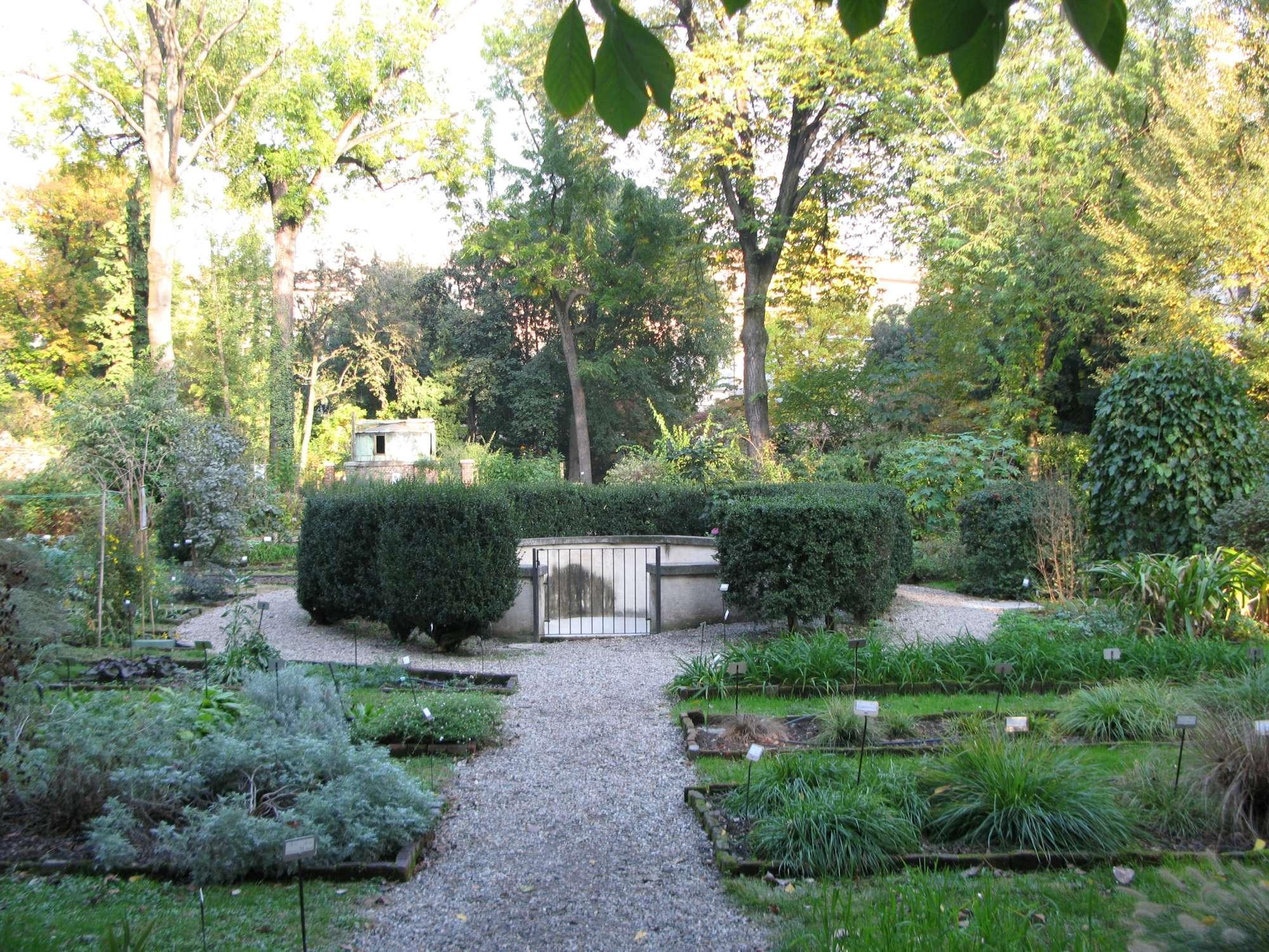 Gc zy l orto botanico di brera traditional cache in lombardia