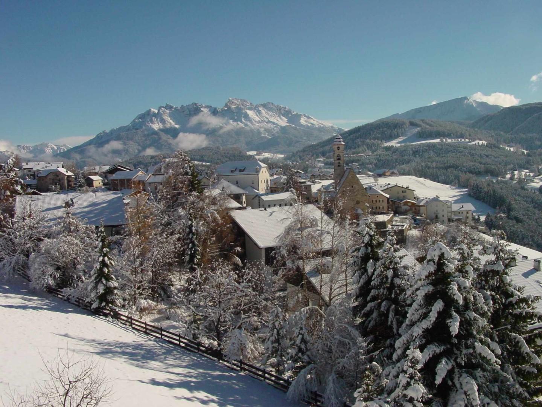Dolomiti: neve, ciaspole e slittini
