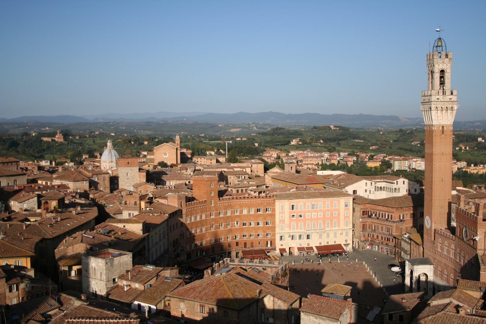 Dieci tappe per scoprire il fascino di Siena