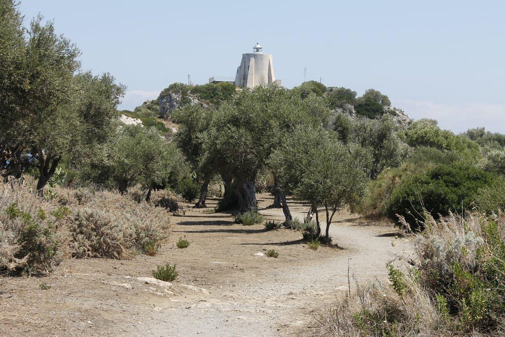 Gli asset dello Stato ora affittabili: da Faro di Capo Milazzo al Faro della Guardia a Ponza
