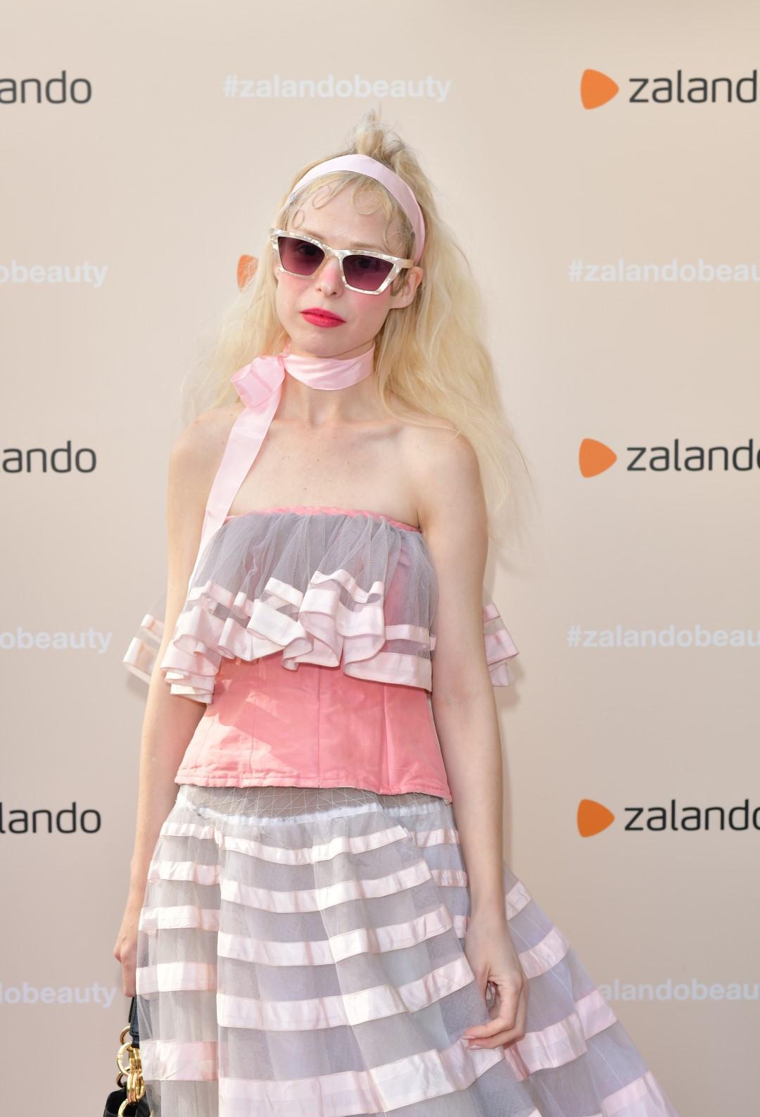 Make up e lifestyle: celebs, volti noti e influencer all'evento di Zalando