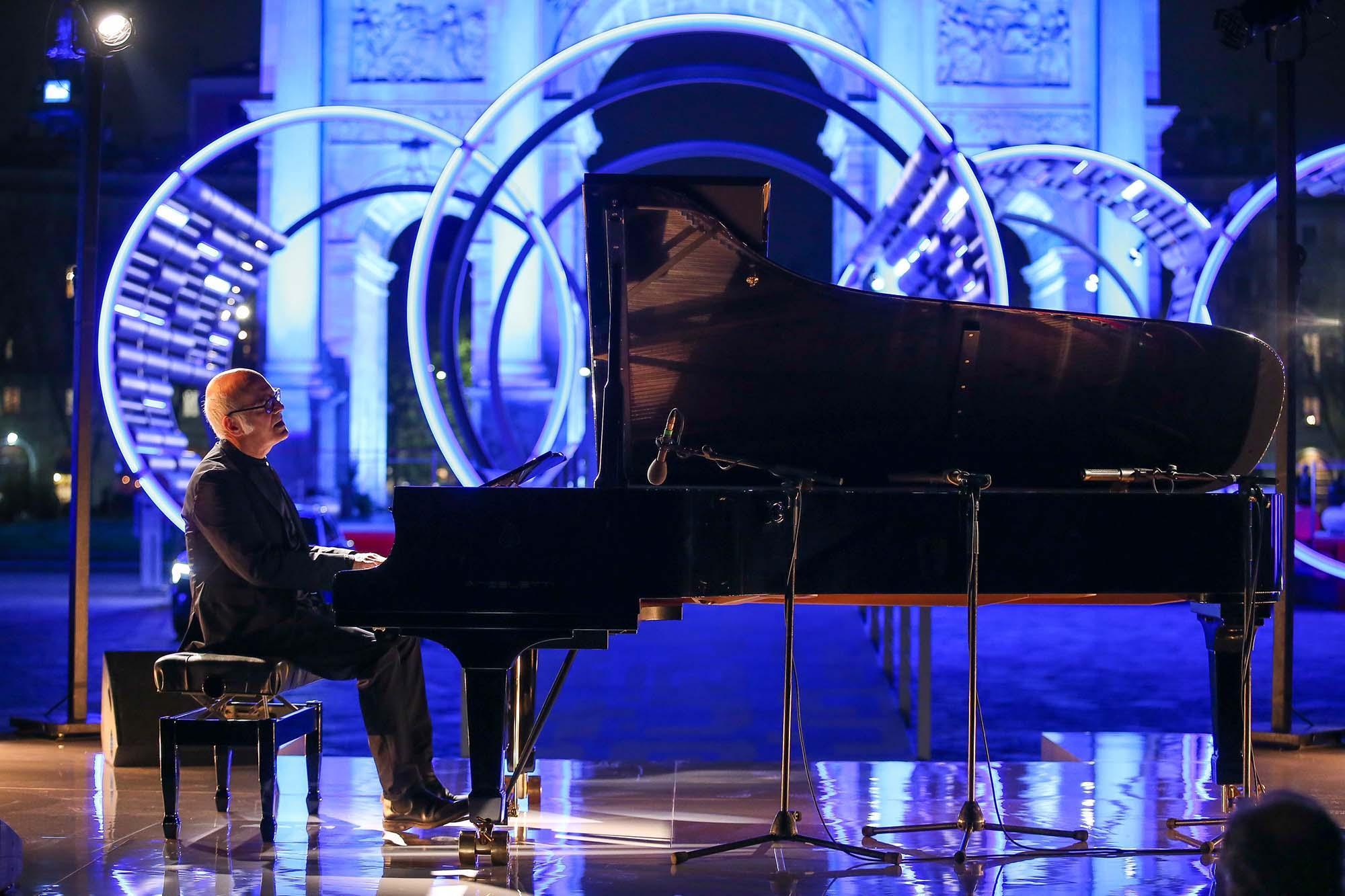 Fuorisalone, Einaudi incanta il pubblico dell Audi City Lab