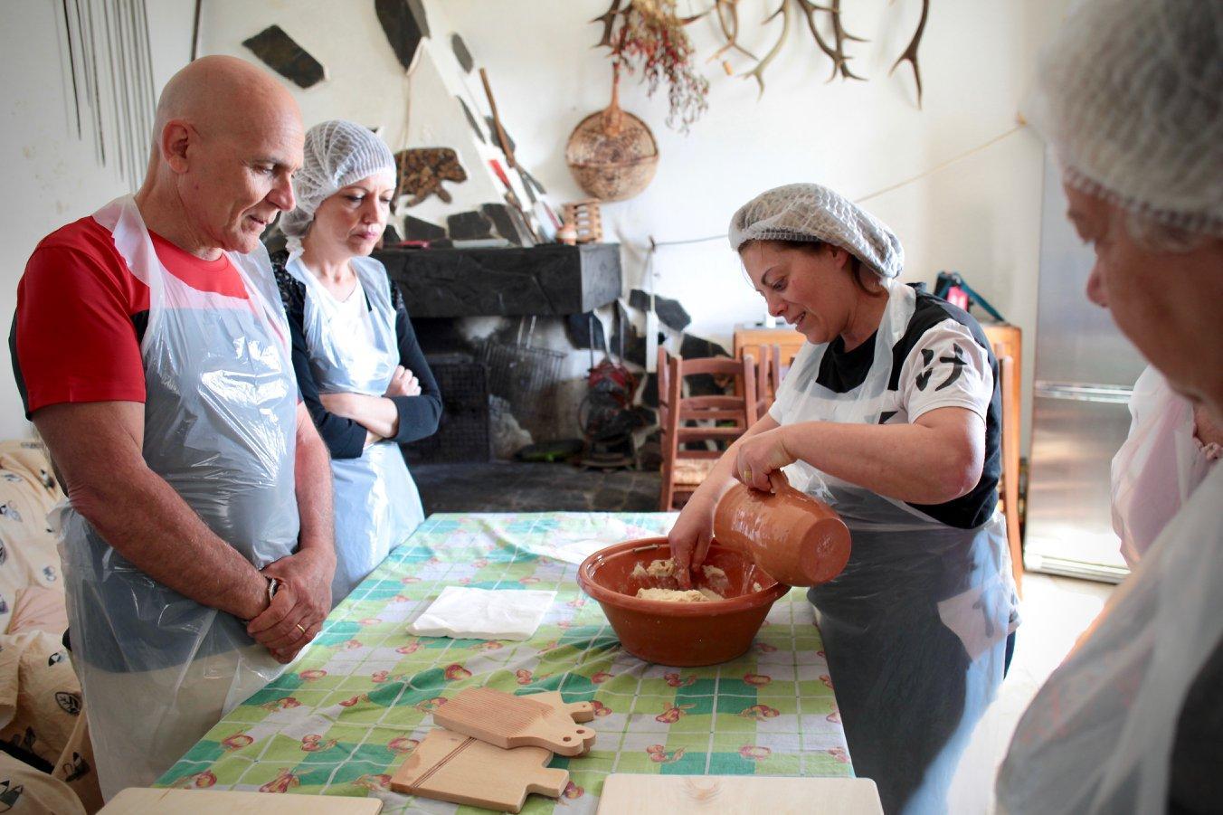 Sardegna, nella guerra del latte l innovazione di Monica Saba:  Diversificare per sopravvivere