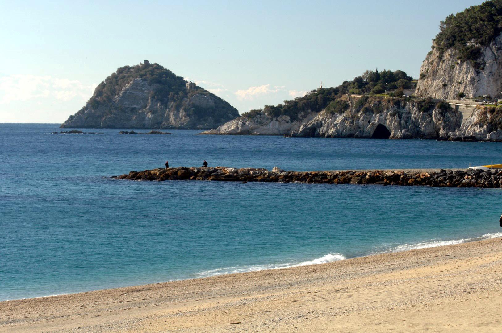 Liguria: Bergeggi, bellezza ad alta intensità