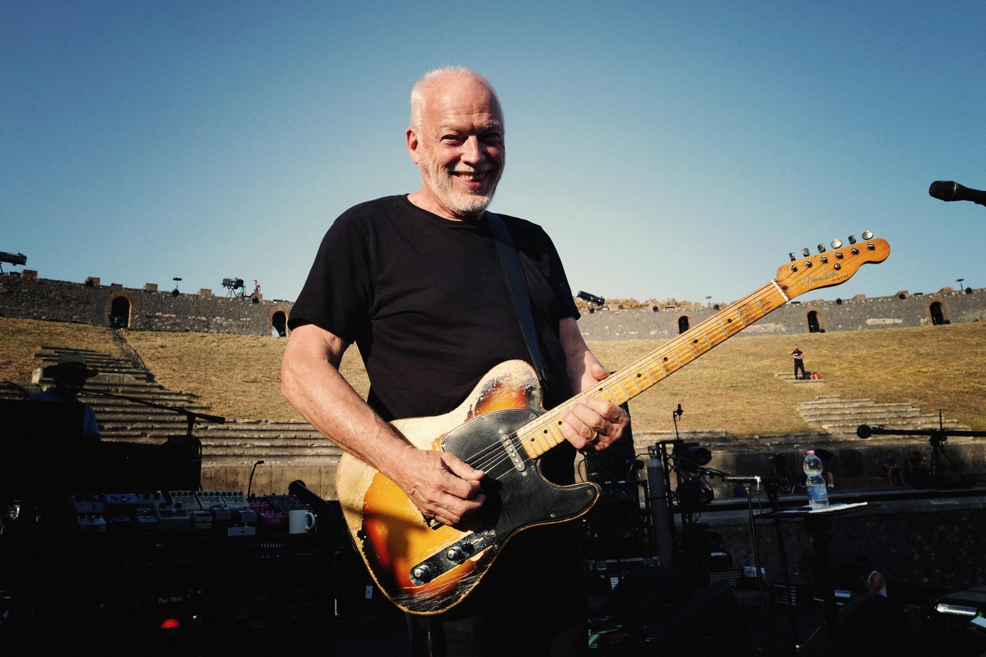 David Gilmour, la magia dei concerti a Pompei rivive al cinema