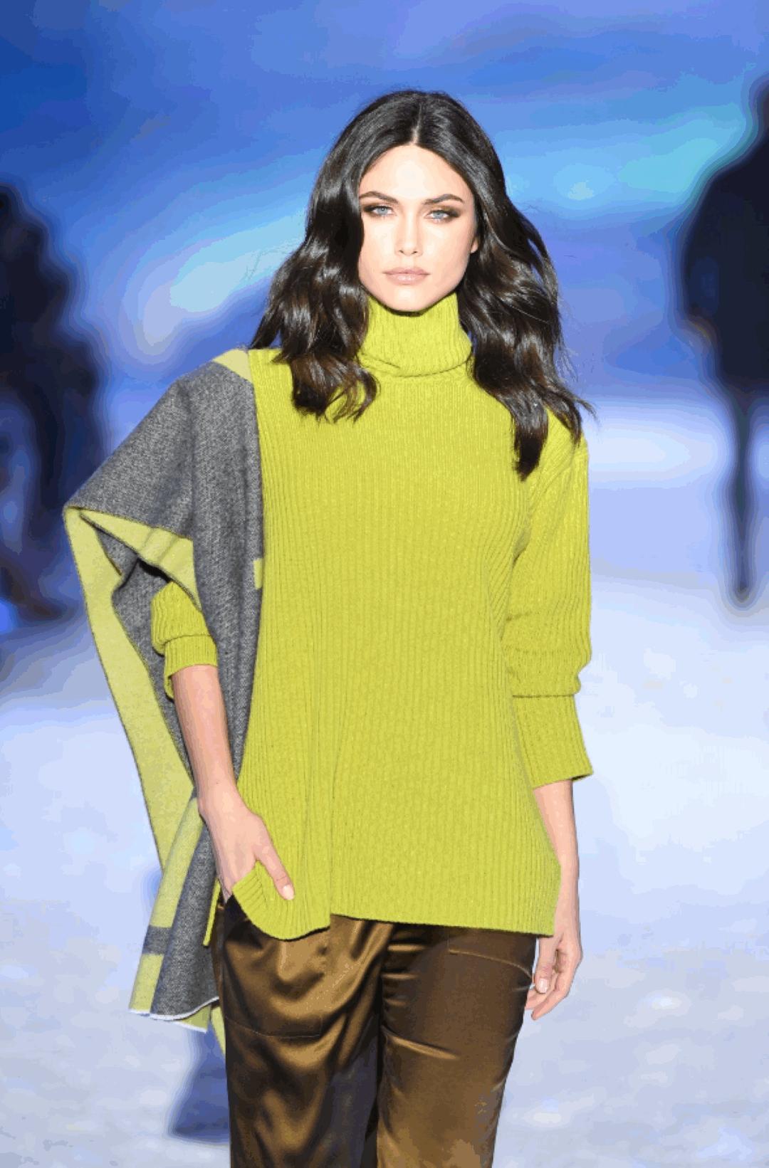 Caldo, leggero e finalmente accessibile: come indossare il cashmere
