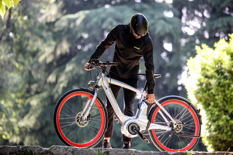 Piaggio Wi-Bike, idea elettrica