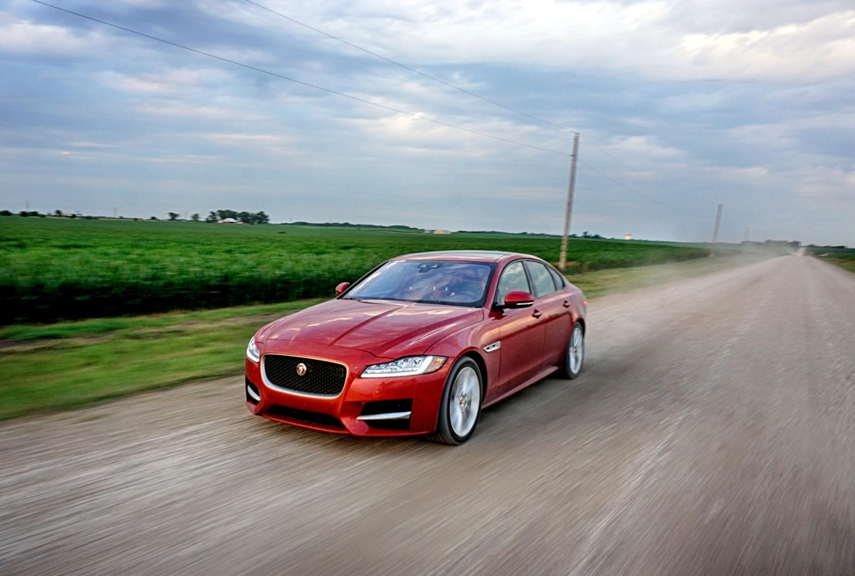 Le virtù di Jaguar XF AWD