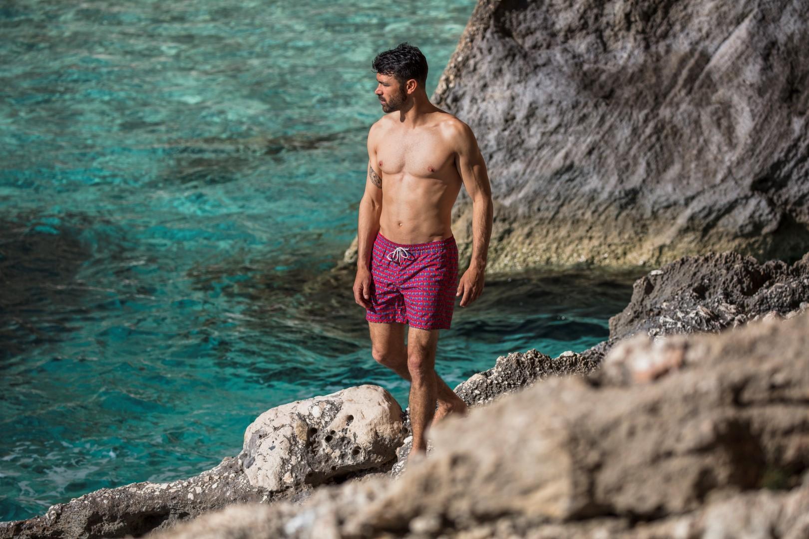 Mare uomo: slip o boxer? I costumi da bagno da prendere con i saldi