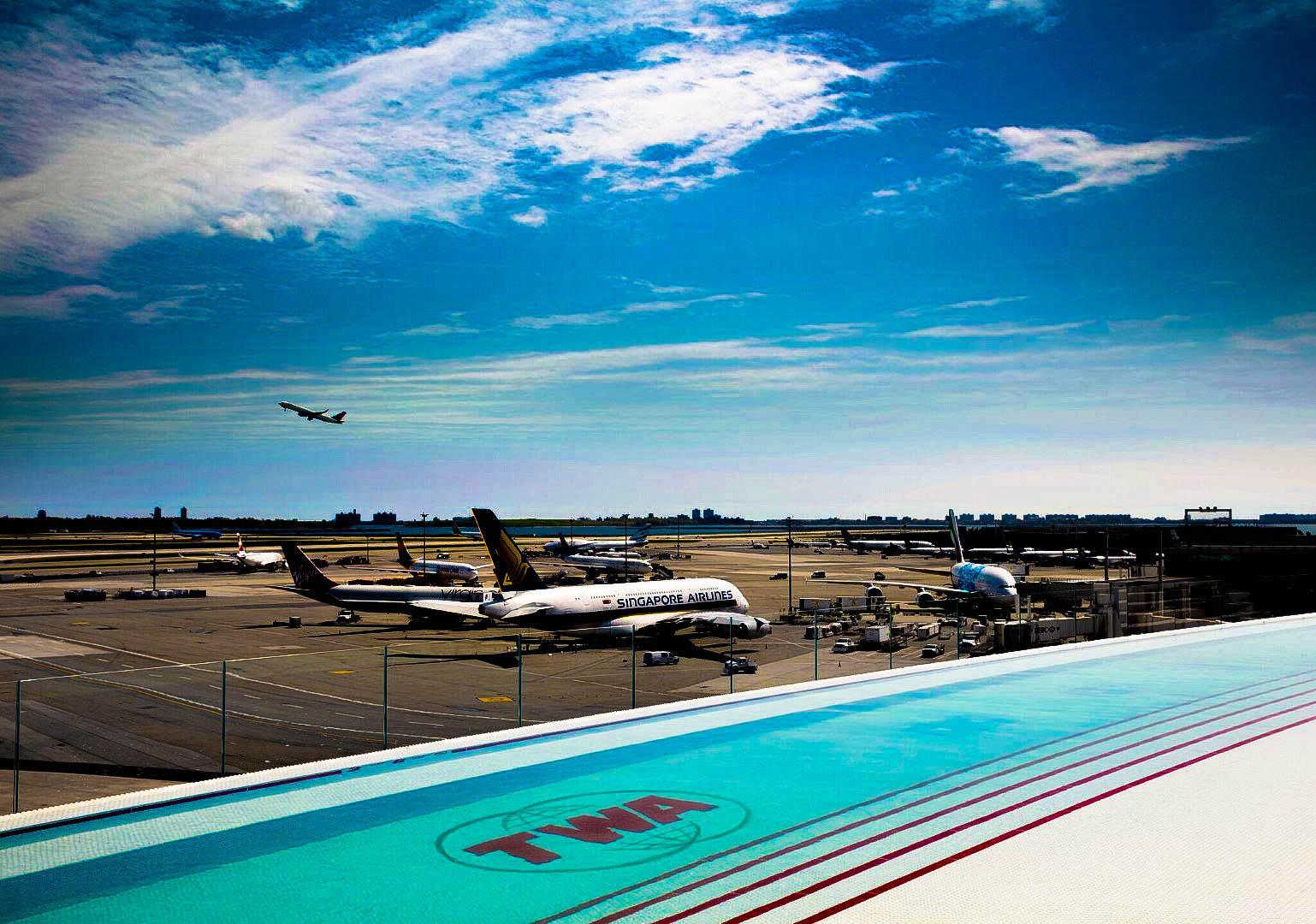 Il volo è in ritardo? Gli aeroporti più belli, anche per una sosta lieve