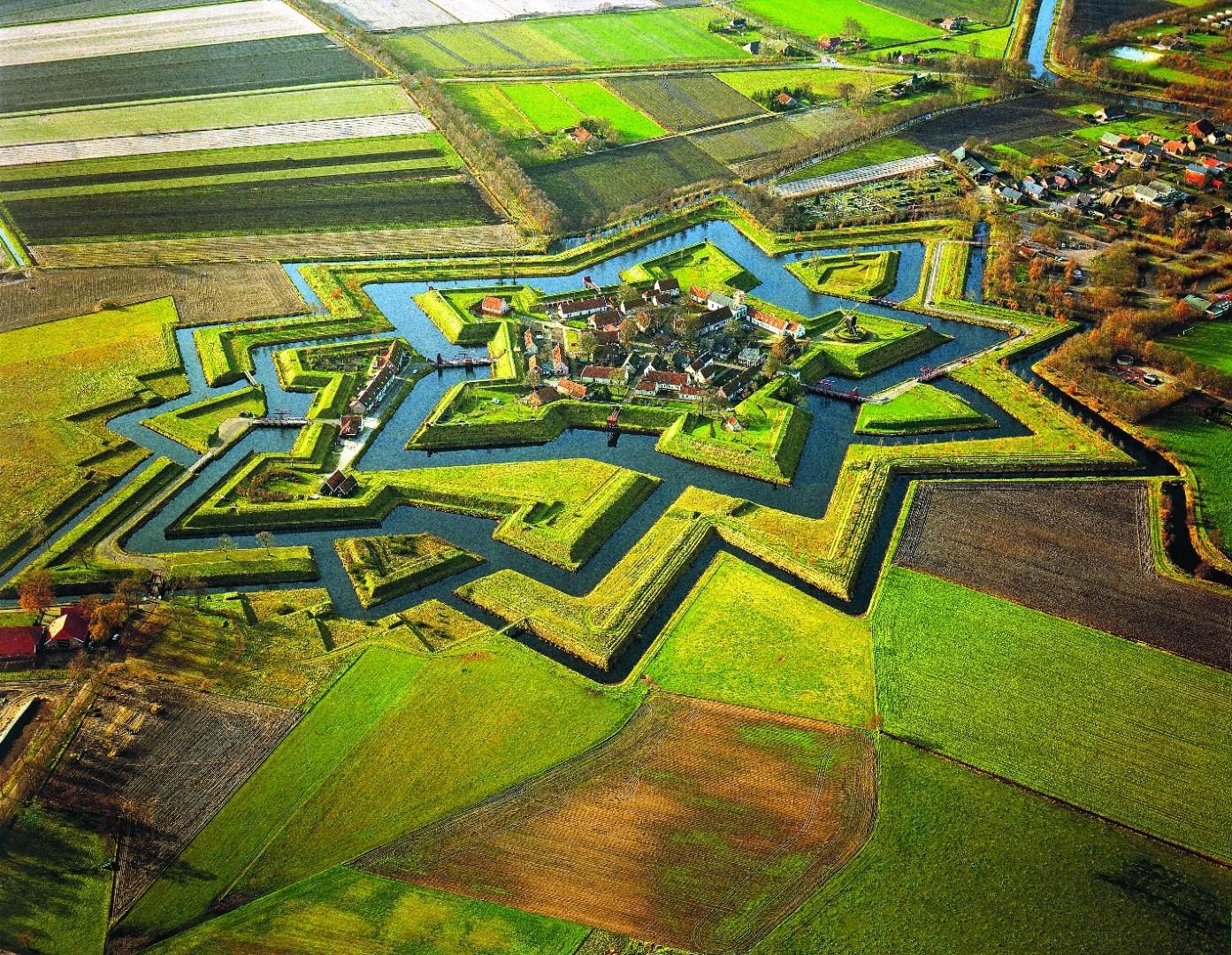 La fiabesca Olanda dei villaggi sull'acqua
