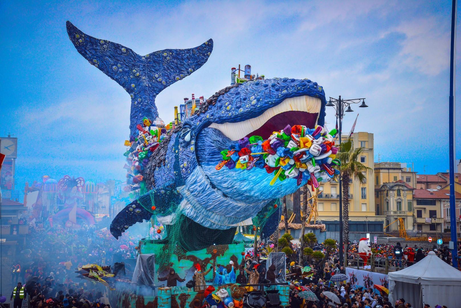 Carnevale di Viareggio, attesa spasmodica per il Gran Finale